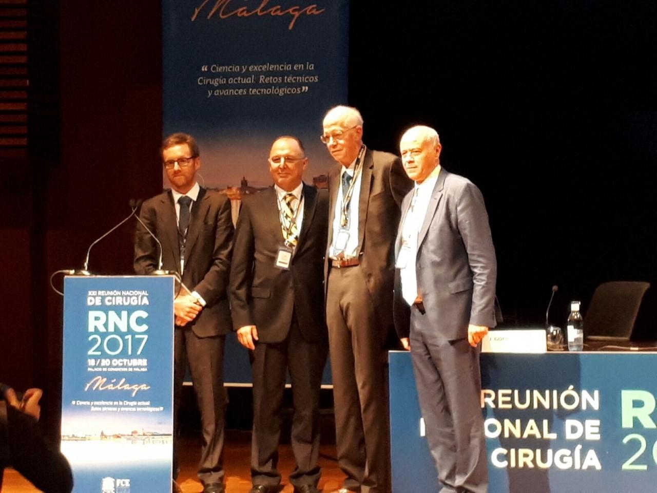 El Prof. Orlo Clark, miembro de honor de la Asociación Española de Cirujanos.